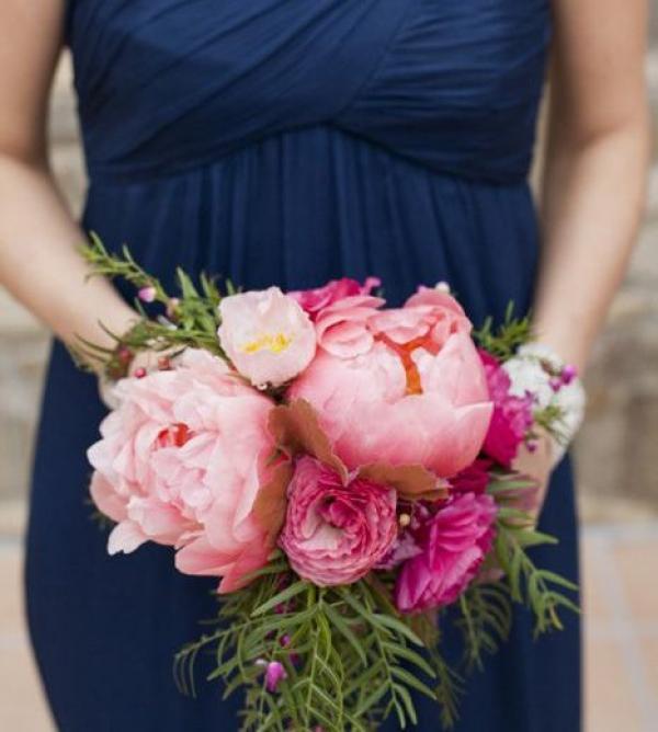 """Originalité, élégance et raffinement: votre mariage en bleu """"Navy Peony""""! 5"""
