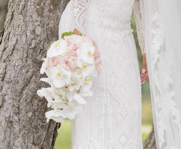 Le pouvoir des fleurs! Le mariage chic et fleuri de K&R 7