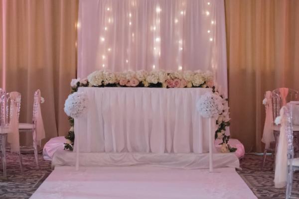 Le pouvoir des fleurs! Le mariage chic et fleuri de K&R 5