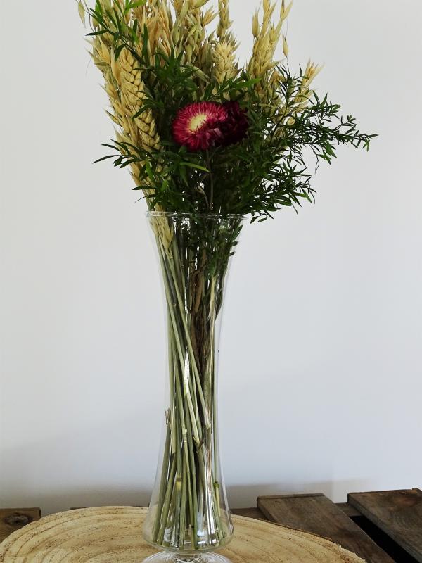 Vase en verre sur pied 1