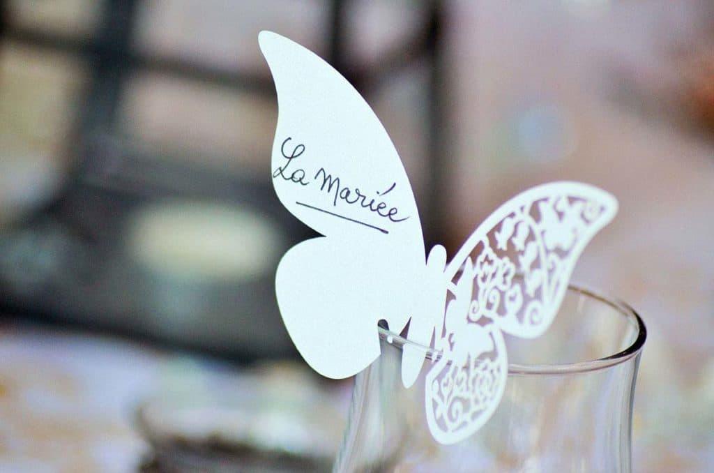 Mariage étiquette papillon
