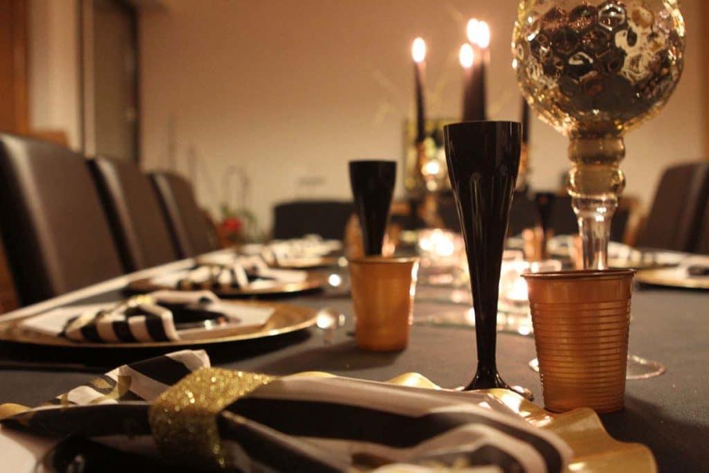 Nouvel an décoration or et noir