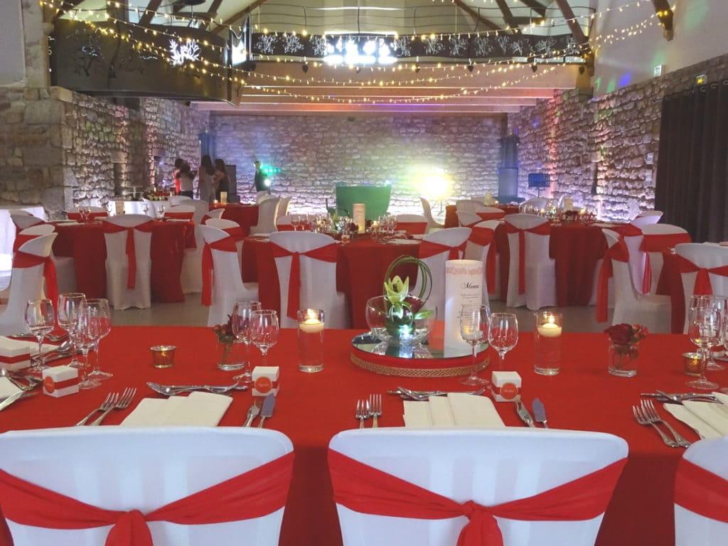 decoration_mariage_bretagne_rouge_blanc_romantique
